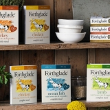 Forthglade 100% Natural Dog Food Grain Free Complete Wet Dog Food Chicken with Butternut Squash & Veg 395g (18 Pack)